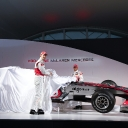 vodafone_mclaren_mercedes_mp4-25_launch_07