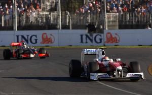 Trulli leads Hamilton, Australia, 2009